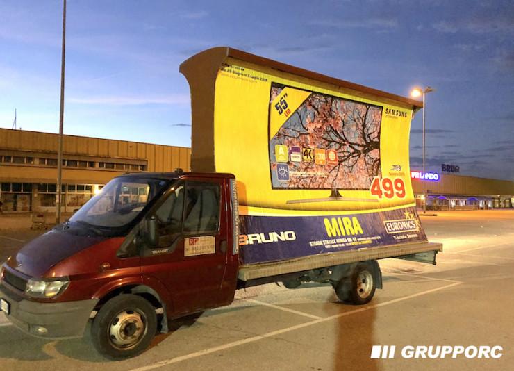 noleggio camion vela pubblicitaria vicenza padova verona
