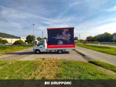 noleggio camion vela vicenza pubblicita agenzia comunicazione marketing